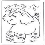 Coloriages pour enfants - Le petit éléphant s'arrose