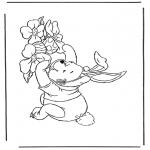 Coloriage thème - Winnie l'Ourson à Pâques